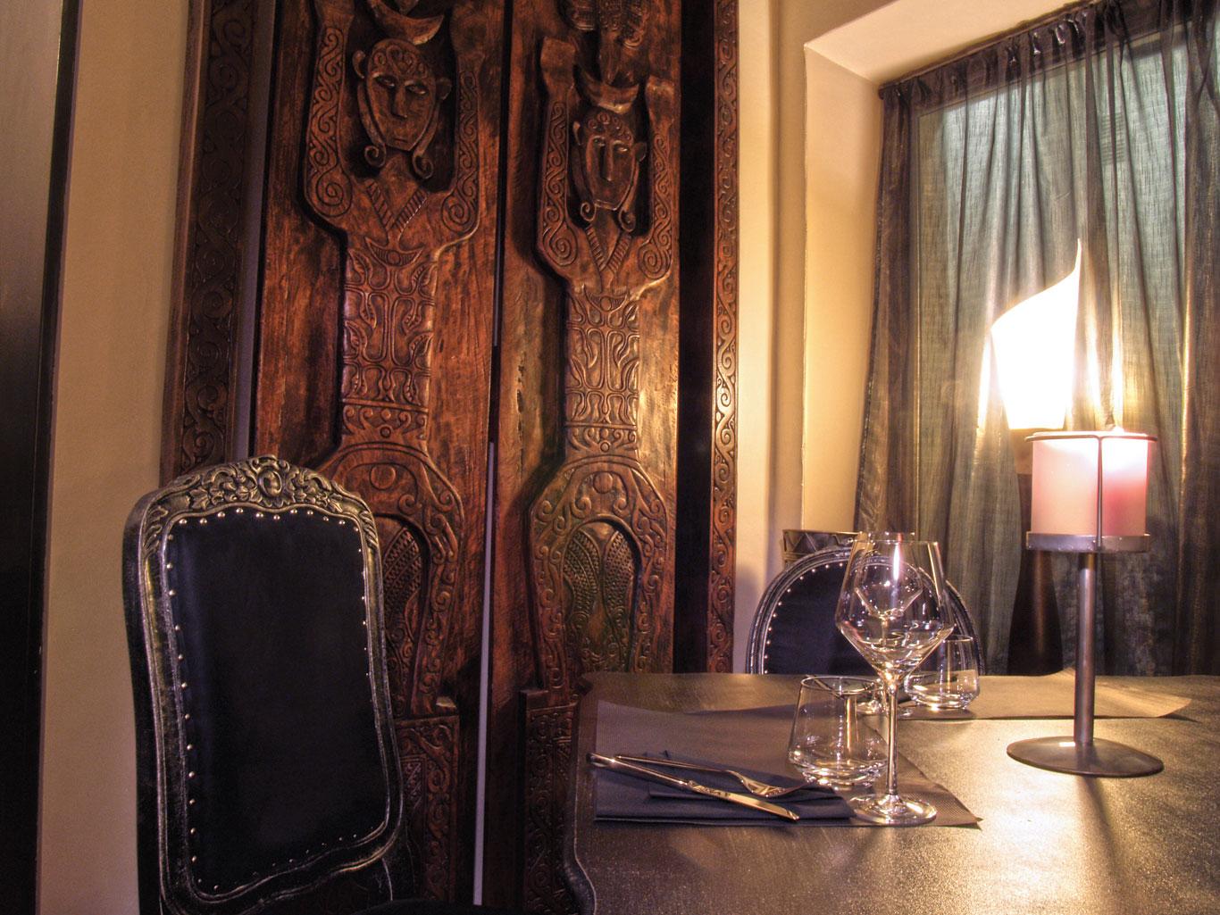 10-le-boudoir-restaurant-table-voilure-Perpignan