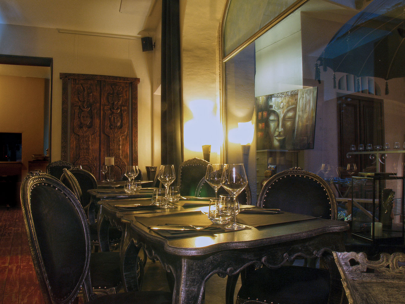 14-le-boudoir-restaurant-table-desserte-Perpignan