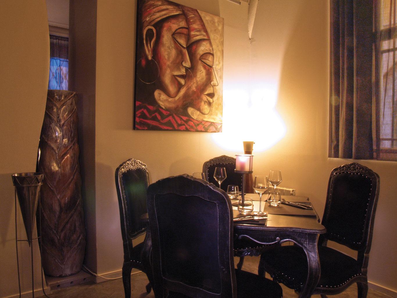 15-le-boudoir-restaurant-vase-centrale-Perpignan